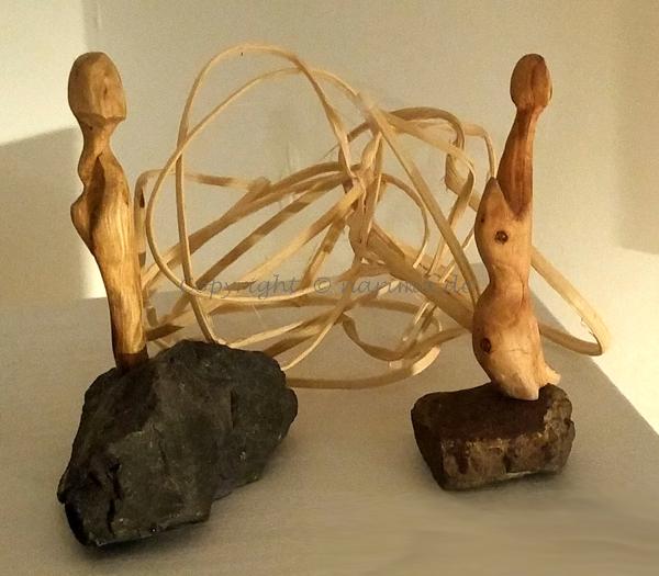 mb012 - Skulpturen - 2019 - Material: Holz, Stein